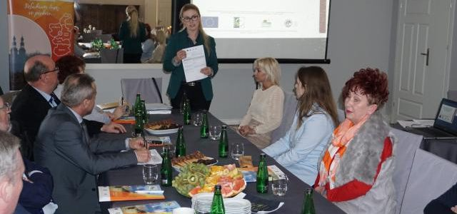 """Szkolenie Rady, Zarządu i pracowników biura Stowarzyszenia """"Unia Nadwarciańska"""""""